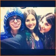 Victoria-Justice-Daniella-Monet-Matt-Bennett