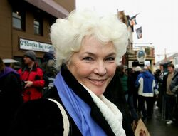 Fionnula Flanagan