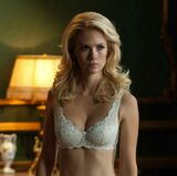 Emma frost january jones