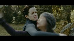 Esme-fighting-Eclipse