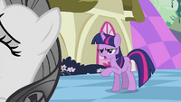 Twilight &#39;You&#39;re not going in&#39; S2E02