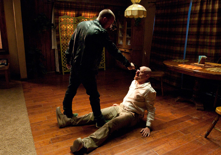 http://images2.wikia.nocookie.net/__cb20120712223345/breakingbad/es/images/a/af/4x12_-_End_Times_PROMO_7.jpg