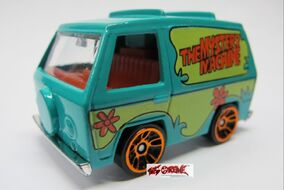 The Mystery Machine-1