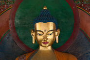 Statue-tibetan-temple-manali