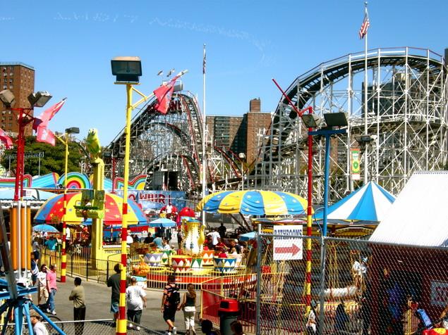Amusement Park Monarchy - Superpower Wiki