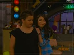 S03E12-iEnrage Gibby-(031547)12-13-13-