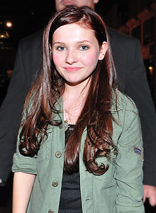220px-Abigail Breslin at 2010 TIFF adj