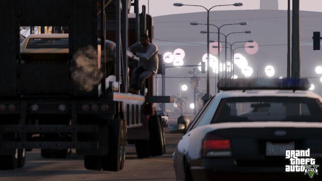 ¡Grand Theft Auto V Trailer! 640px-GTA_V_Camion
