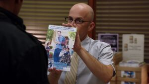1x06-Dean Pelton Jeff Flyer