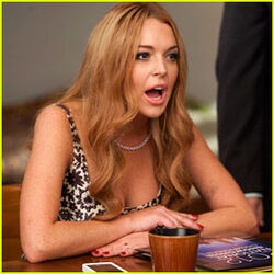 Lindsay-lohan-on-glee-first-look