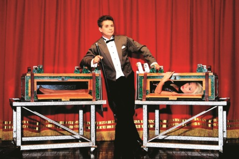 The Top 10 Famous Magicians of Our Time