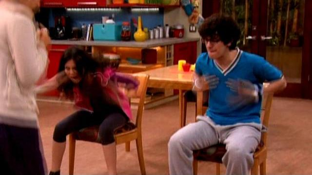 "Victorious ""The Hambone King"" Clip"