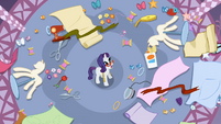 Rarity has a mess in her boutique S1E14