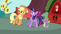 Applejack with Twilight and Spike S3E03