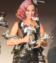Katy Perry - MTV VMA 2011 cropped