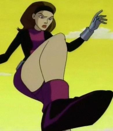 Elastic girl shows what her mother gave her 10