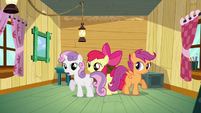 Sweetie Belle 'we're it's only members' S3E04