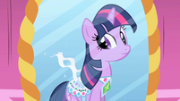 Twilight's sparkly corset S01E01