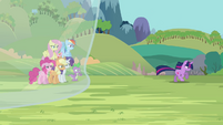 Twilight running away S3E05