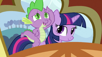 Spike on Twilight&#39;s back S3E2