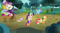 Scootaloo &#39;way better than going through the bushes&#39; S3E06