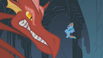 Dragon growls at Rainbow Dash S01E07