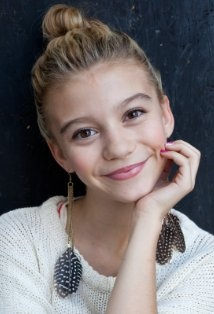 G. Hannelius Dog with a Blog