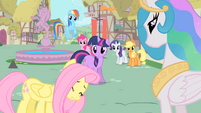 Fluttershy apologizes to Celestia S1E22