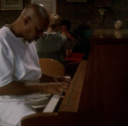 Sisko playing piano