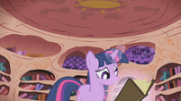 Twilight stop night S1E2