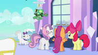 CMC &quot;I&#39;m in crystal heaven!&quot; S03E11