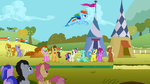 Rainbow Dash&#39;s long jump attempt S01E13