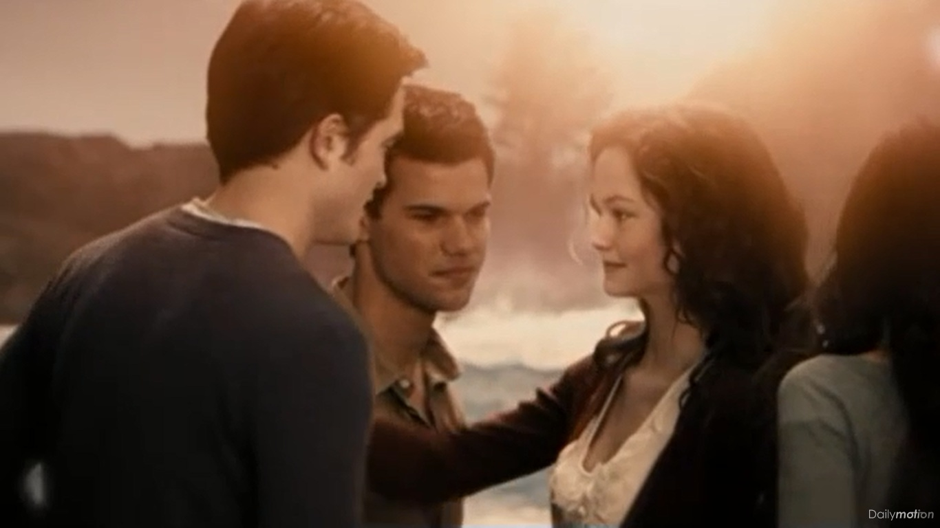 Jacob Black and Renesmee Cullen - Twilight Saga Wiki