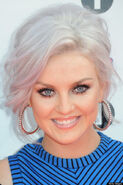 O-PERRIE-EDWARDS-570