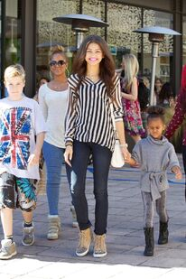 Zendaya-coleman-in-ytown