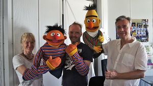 Sesamstrae-Ernie&amp;Bert&amp;Performers-(2012-07-26)