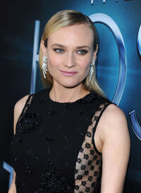 Diane-Kruger---The-Host-premiere-in-Hollywood--05