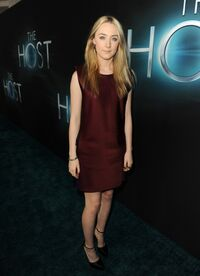 Saoirse-Ronan---The-Host-premiere-in-Hollywood--11-560x772
