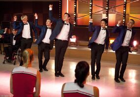 Episode-2-06-Never-Been-Kissed-Promotional-Photos-glee-16383229-1950-1350