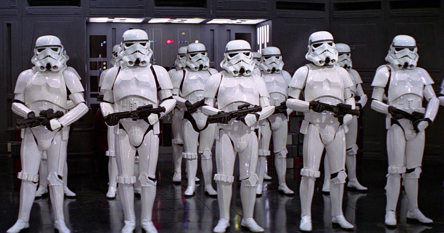 http://images2.wikia.nocookie.net/__cb20130414165041/ru.starwars/images/4/42/Imperial_Stormtroopers-2.jpg