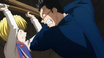 Kurapika blocks Leorio's attack