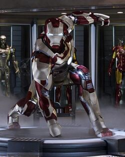 Anthony Stark (Earth-199999) from Iron Man 3 (film) 001