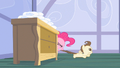 Pinkie Pie get over here S2E13.png