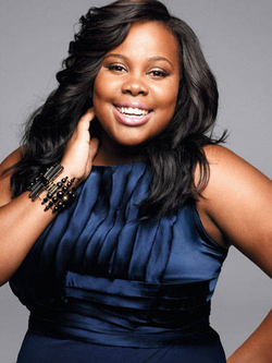 Amber Riley Pose