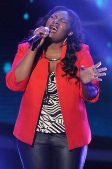 Candice Glover performing picture