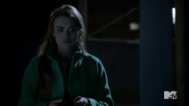 Teen Wolf Season 3 Episode 3 Fireflies Holland Roden Lydia Martin where am I