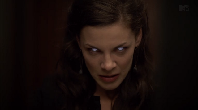 Teen Wolf (II) - Page 3 640px-Teen_Wolf_Season_3_Episode_10_The_Overlooked_Haley_Webb_Jennifer's_Darach_eyes