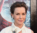 Embeth Davidtz