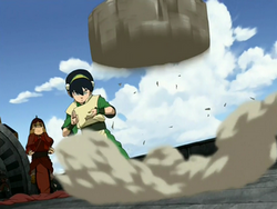 250px-Toph_protects_the_ship.png