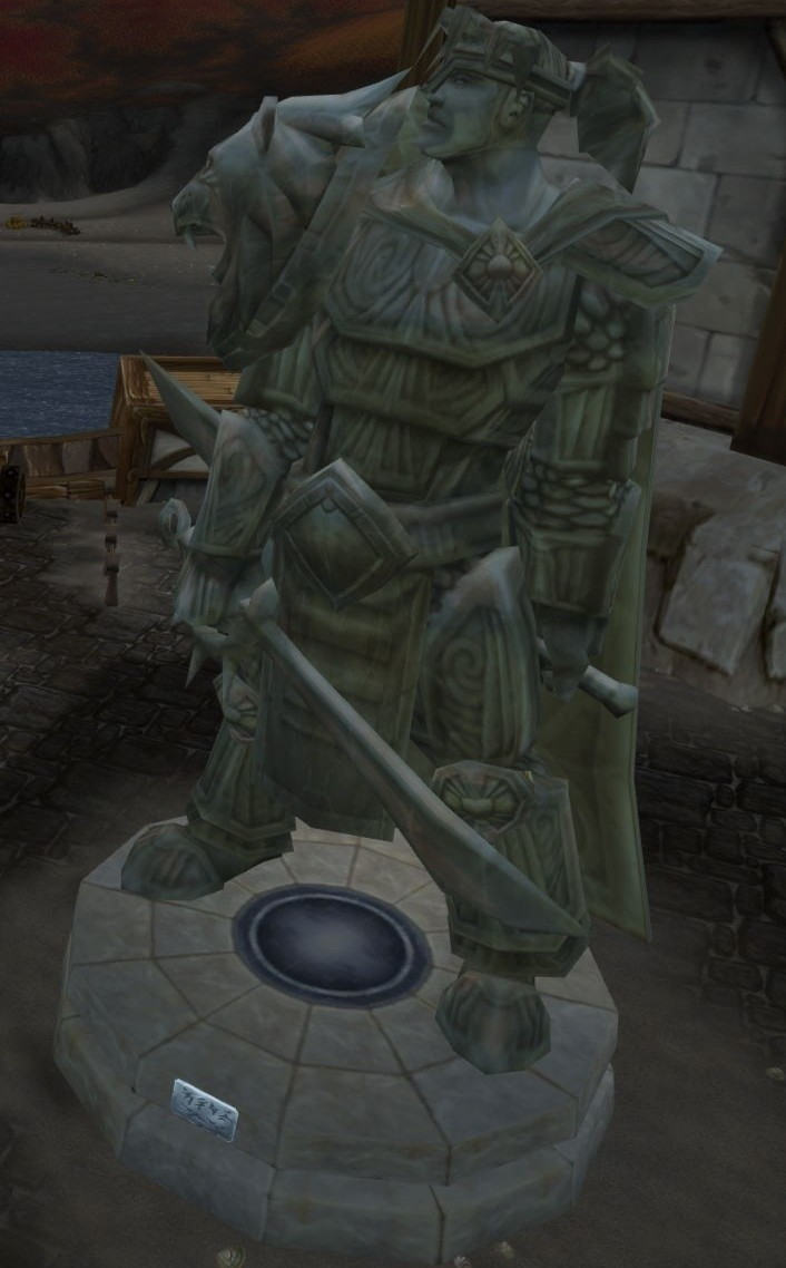 http://images2.wikia.nocookie.net/wowwiki/images/4/4e/Varian_Wrynn_Statue.jpg